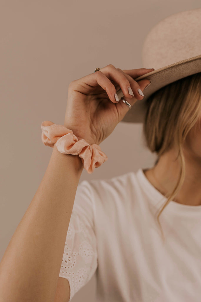 Peach Single Scrunchie | ROOLEE