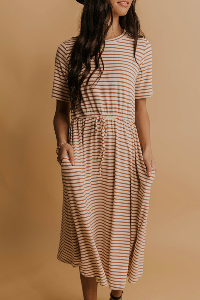 Knit Dress Ideas | ROOLEE