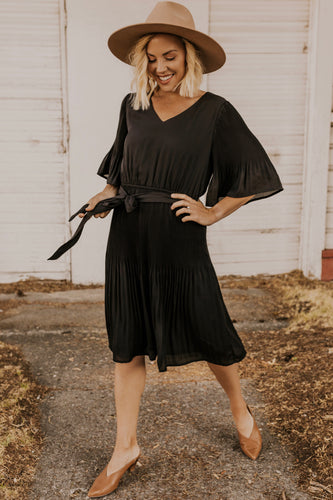 Black Pleated Dress | ROOLEE