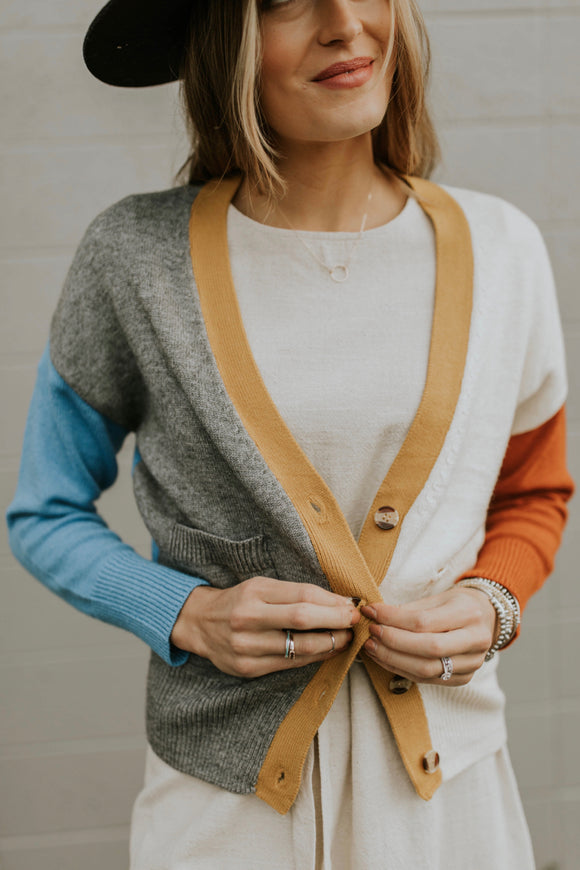 Casual Colorblock Sweater Cardigan | ROOLEE