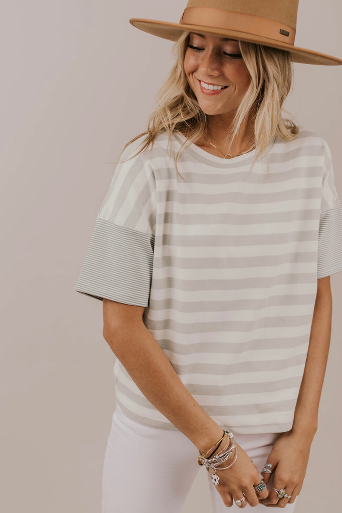 Contrast Stripe Tee Outfit Ideas | ROOLEE