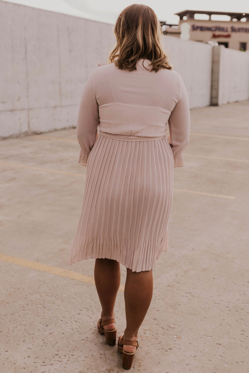 Modest Women's Dress for Summer | ROOLEE