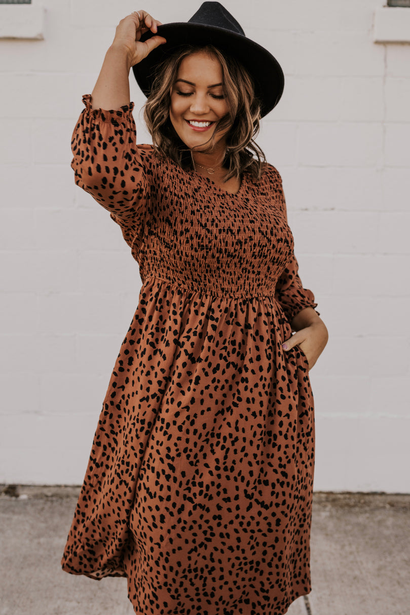 V-Neckline Dotted Dress | ROOLEE