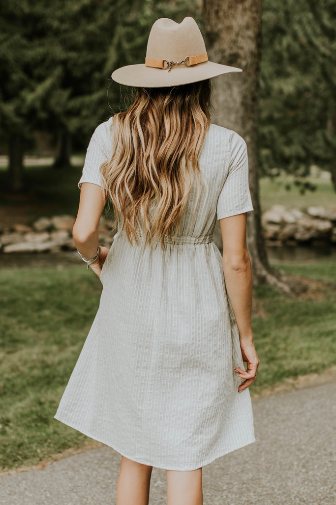 Short Sleeve Button Dress | ROOLEE
