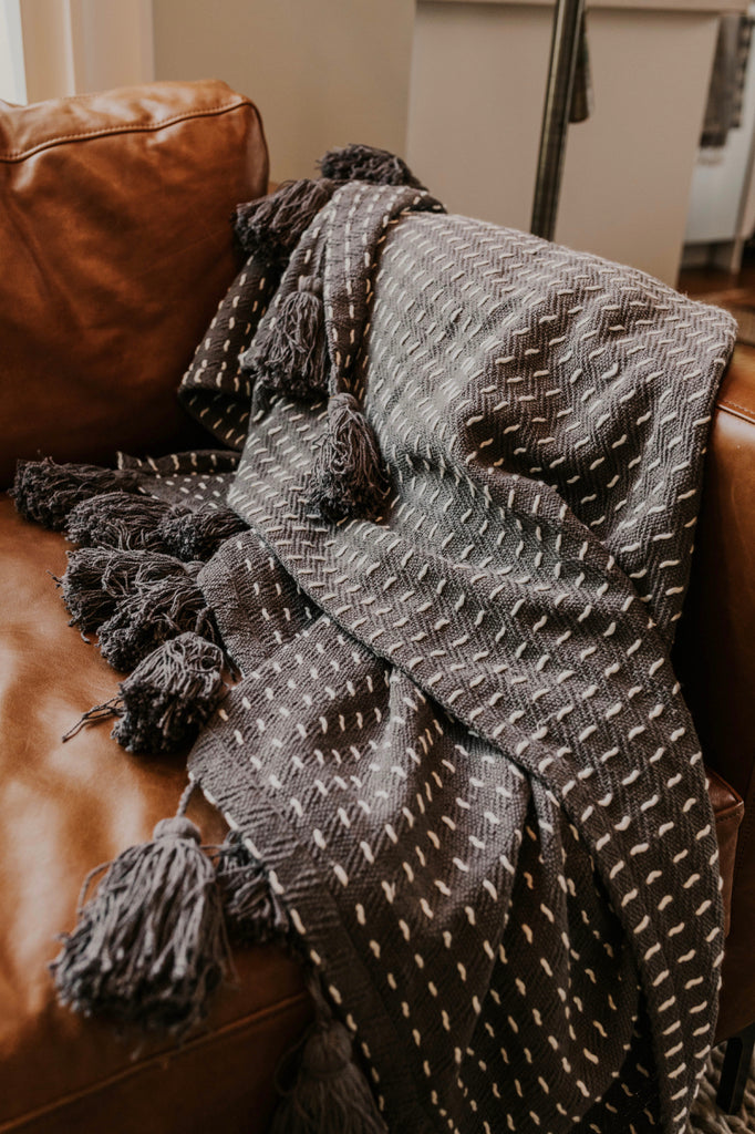 Hand Woven Throw Blanket | ROOLEE