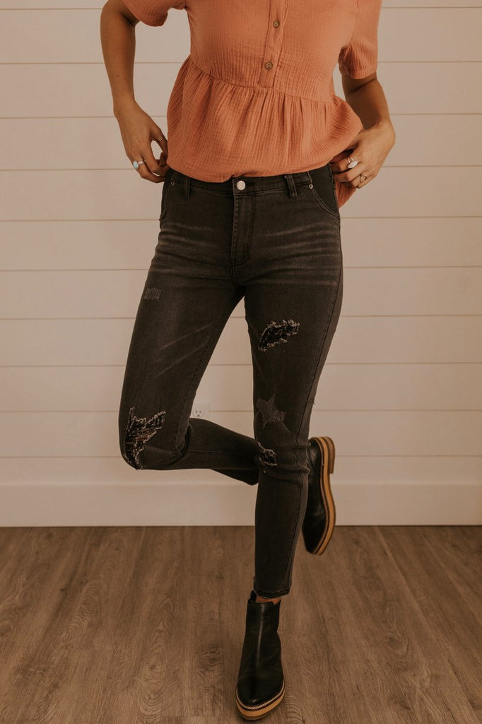 Black Distressed Jeans | ROOLEE