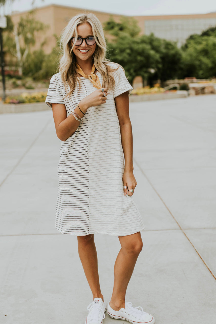 Contrast Dress Design | ROOLEE