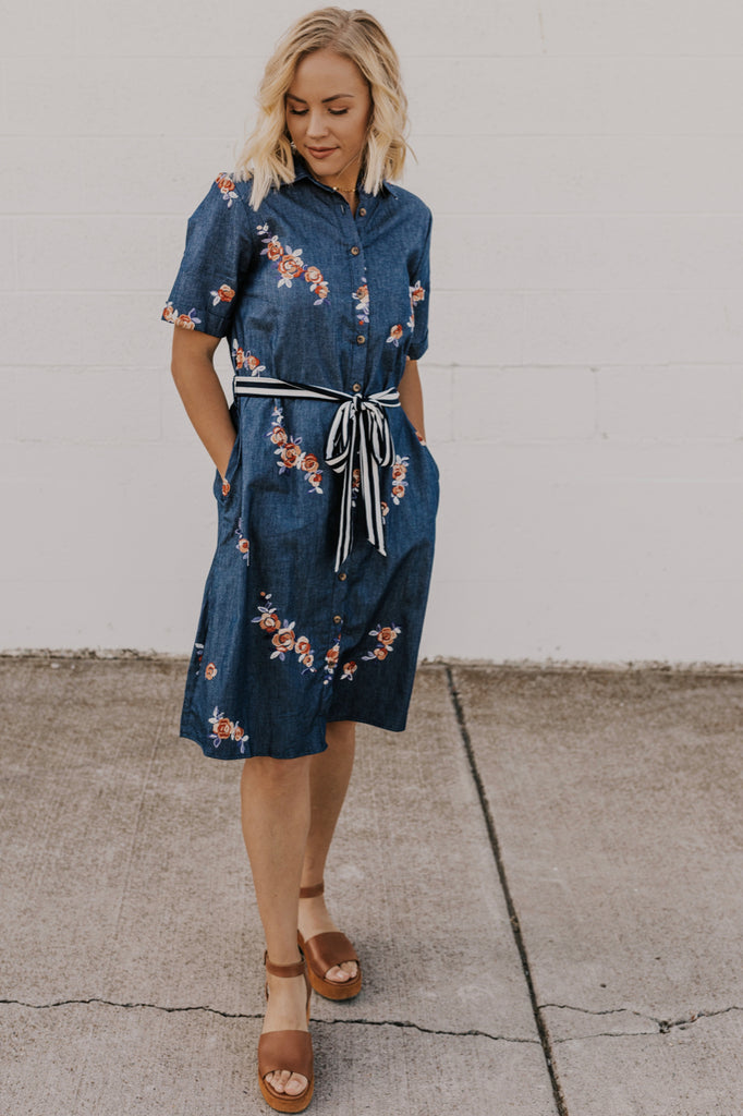 Nursing Friendly Trendy Dresses | ROOLEE
