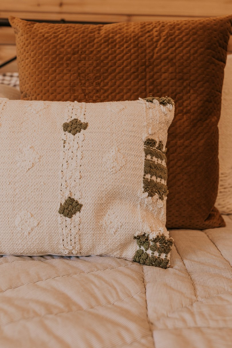 Earth Tone Pillows for Fall | ROOLEE