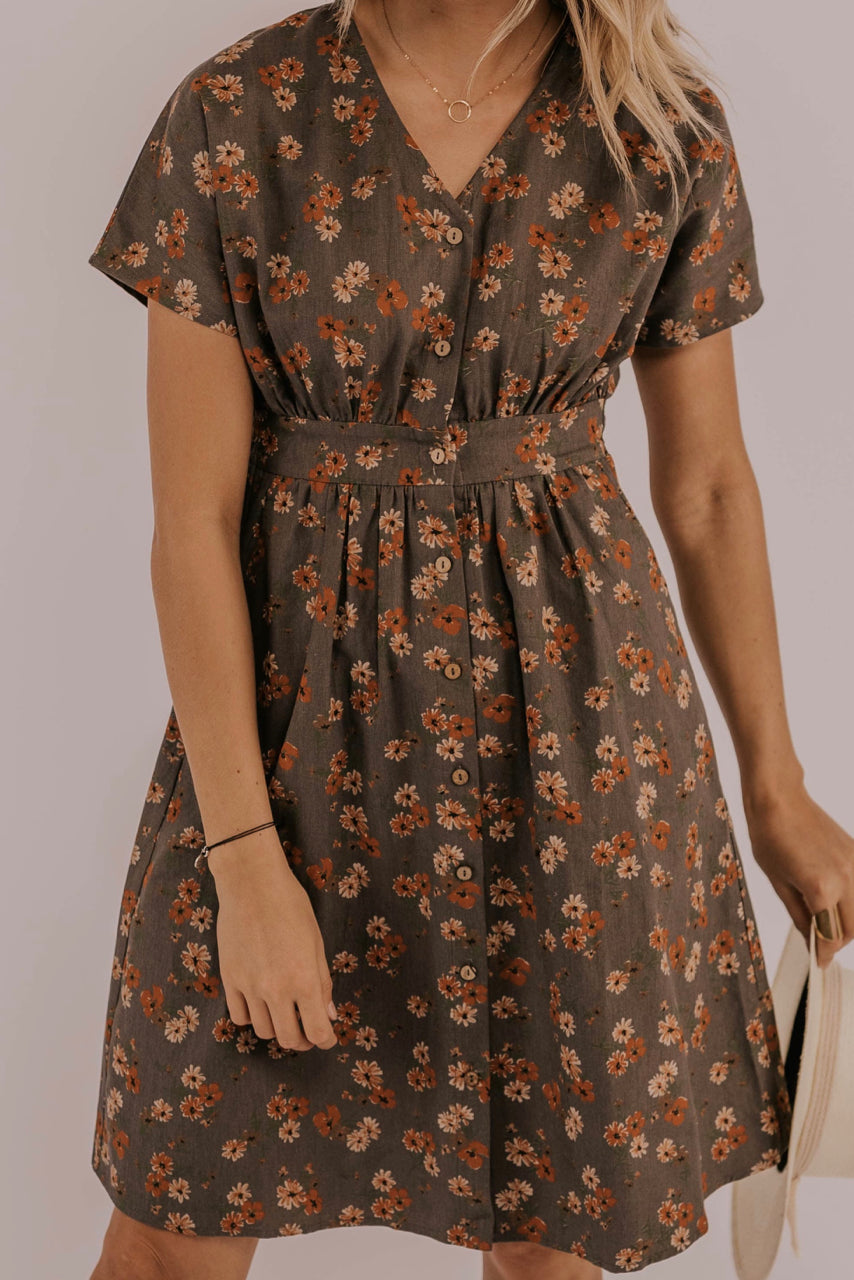 Spring/Summer Floral Dress Outfit| ROOLEE