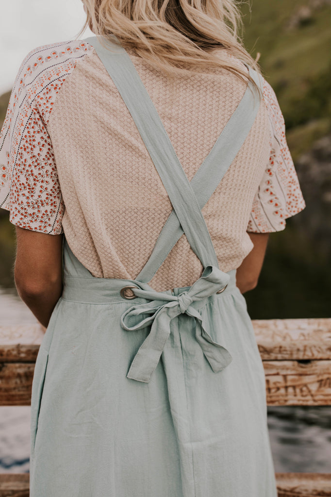 Women's Modest Summer Outfits | ROOLEE