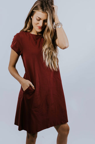 Nursing friendly dress with pockets for women | ROOLEE Mom