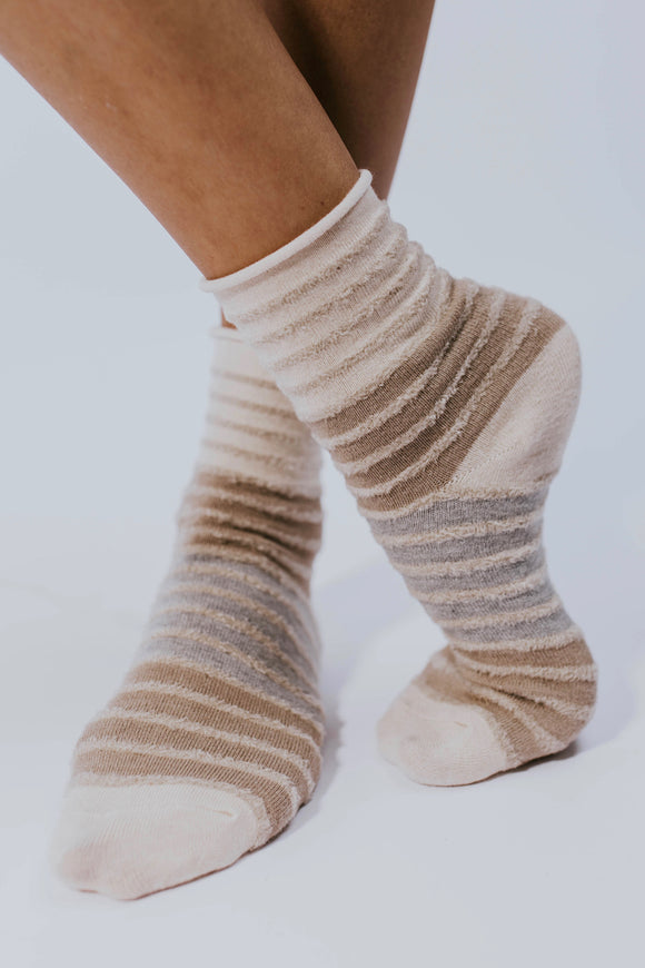 Cozy Winter Socks | ROOLEE