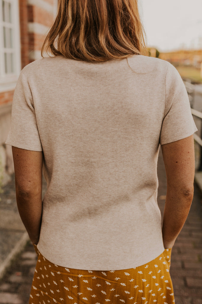 Light Tan Short Sleeve Sweater | ROOLEE