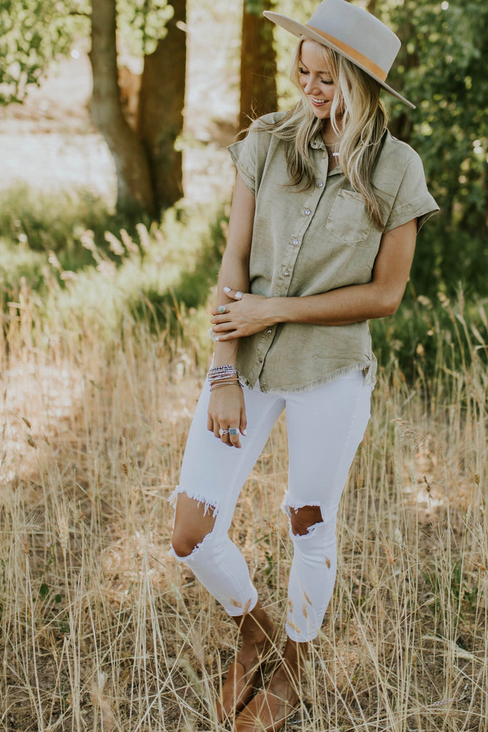 Light Green Khaki Button Down Shirt | ROOLEE