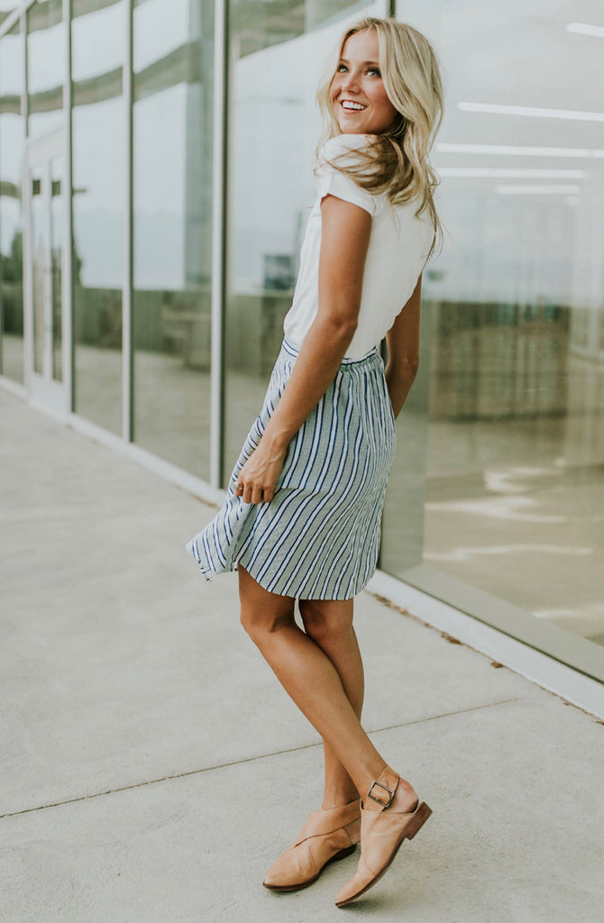 Stripe Mini Skirt Outfit | ROOLEE