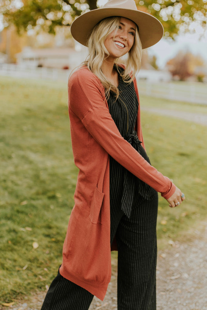 Long Sleeve Knit Cardigan Sweater Outfit Ideas | ROOLEE Outerwear