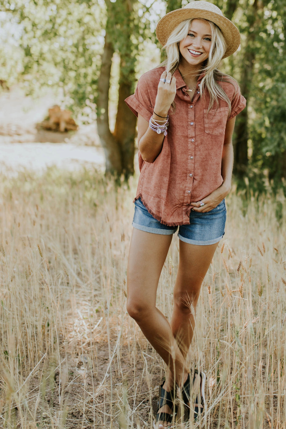 Casual Outfit Ideas For Women | ROOLEE