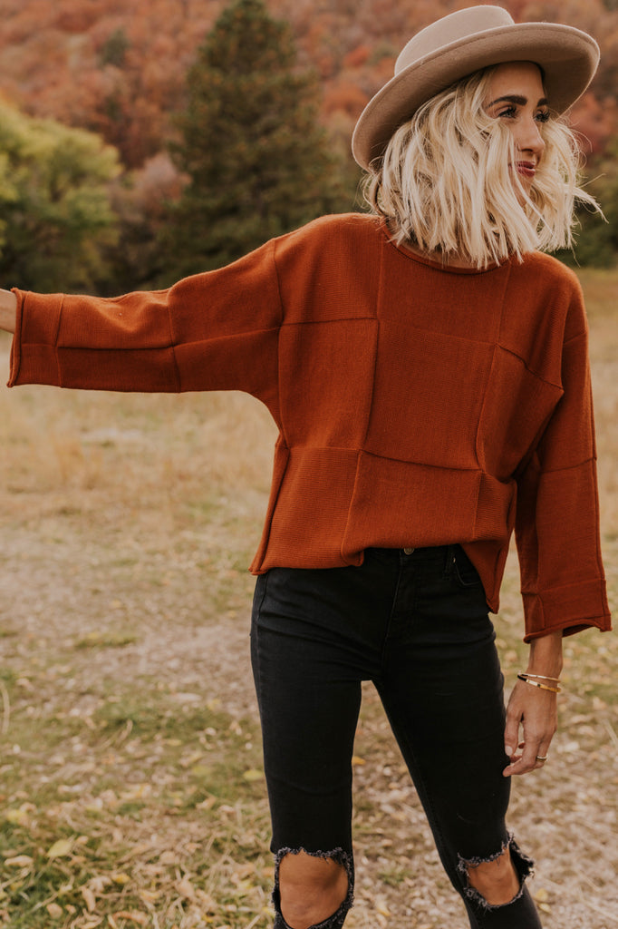 How to Style a Cropped Sweater | ROOLEE