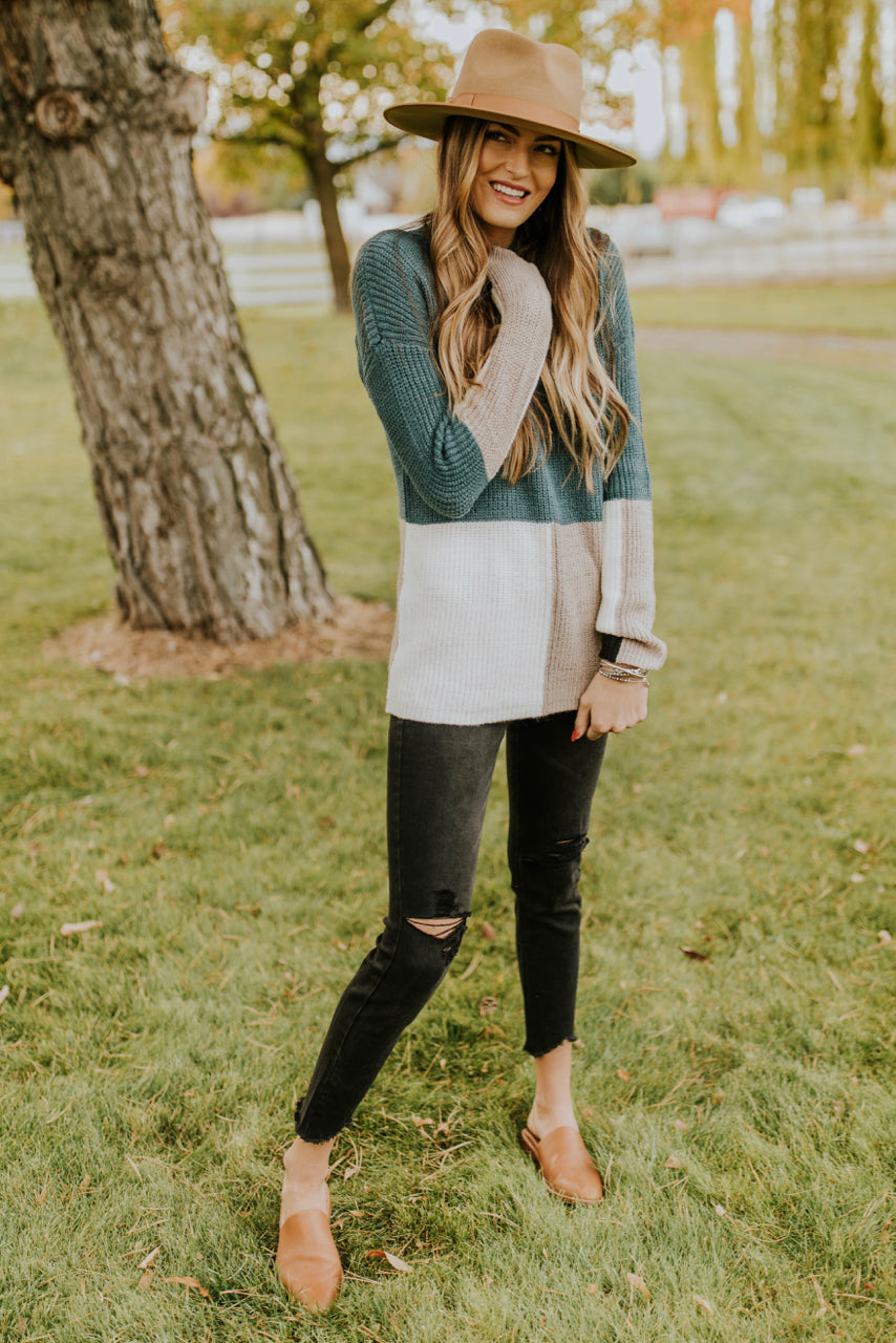 Colorblock Sweater Outfit for Fall | ROOLEE