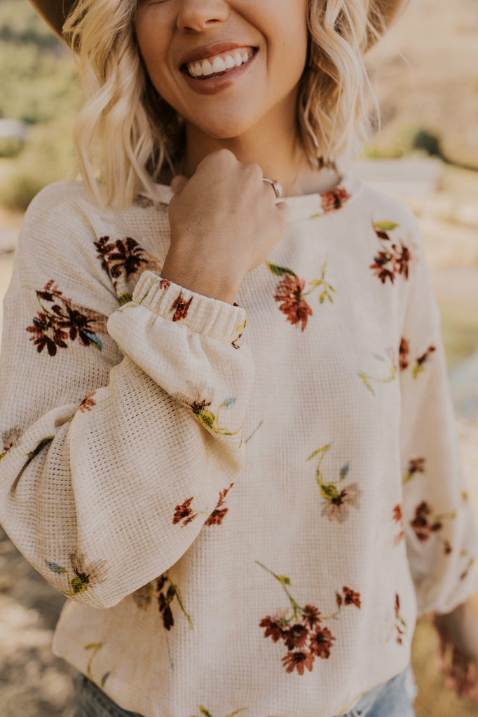 Floral Chennile Sweater | ROOLEE