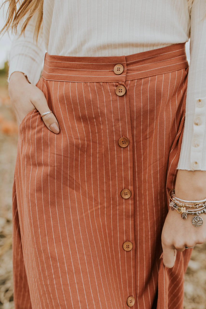 Button-Down Stripe Skirt for Fall | ROOLEE
