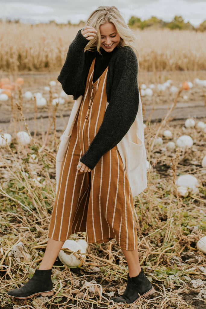 Cardigan Outfit Ideas | ROOLEE