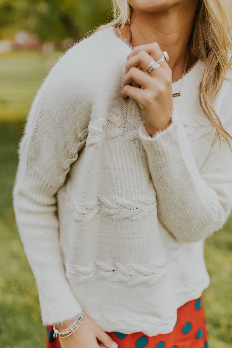 Sweater Weather Outfit Ideas For Women | ROOLEE