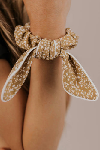 Scrunchie with a Bow | ROOLEE