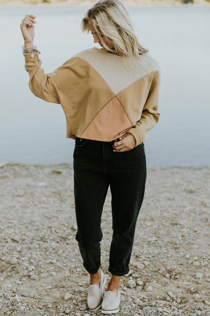 Crop Top Sweater For Women | ROOLEE