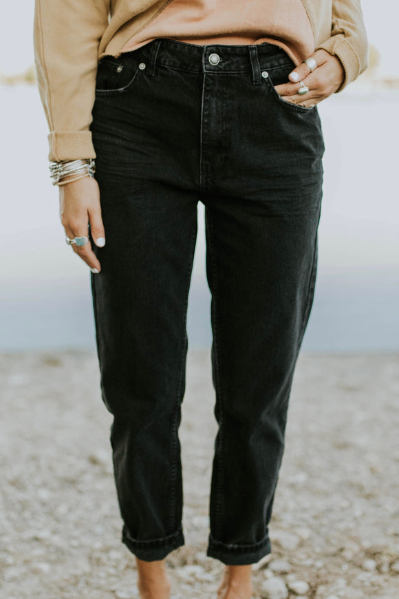 Free People Mom Jeans in Black | ROOLEE