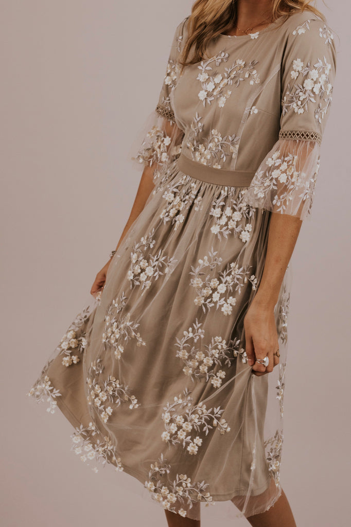 Grey Floral Dress | ROOLEE