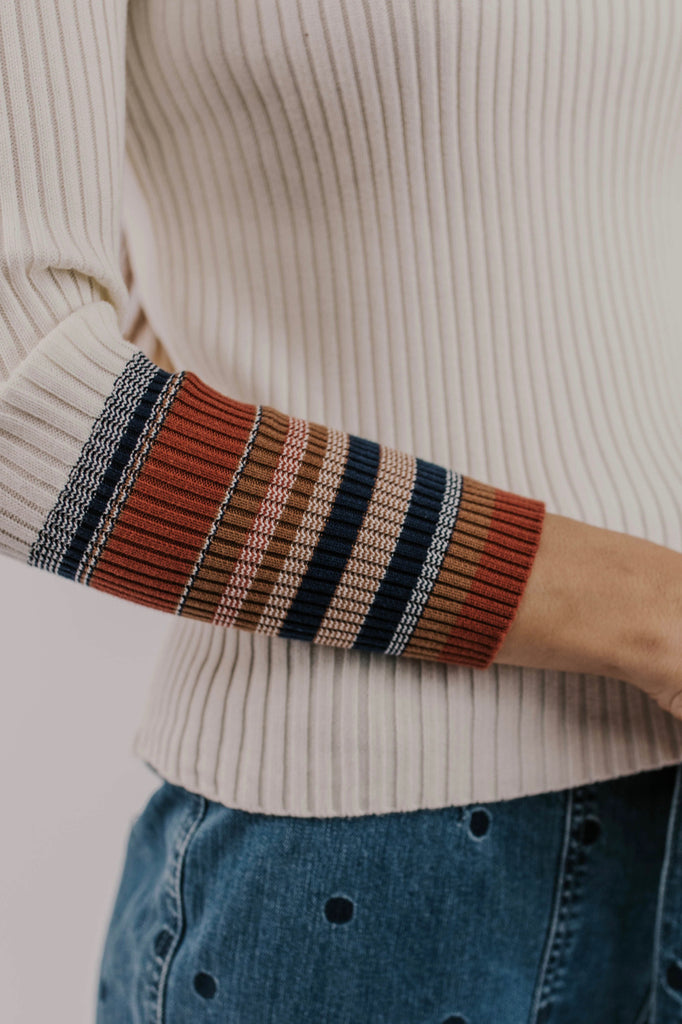 Contrast Sleeve Sweater | ROOLEE