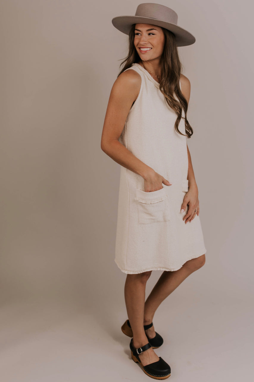 Pocket Shift Dress | ROOLEE