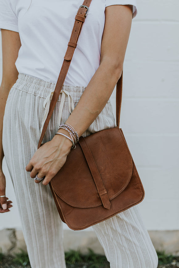 Tirhas Saddle Bag in Chesnut | ROOLEE