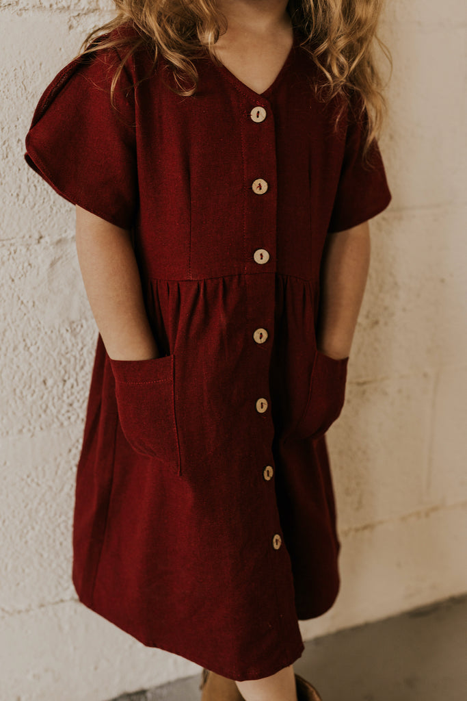 V Neck Button Front Maroon Pocket Dress with Buttons | ROOLEE