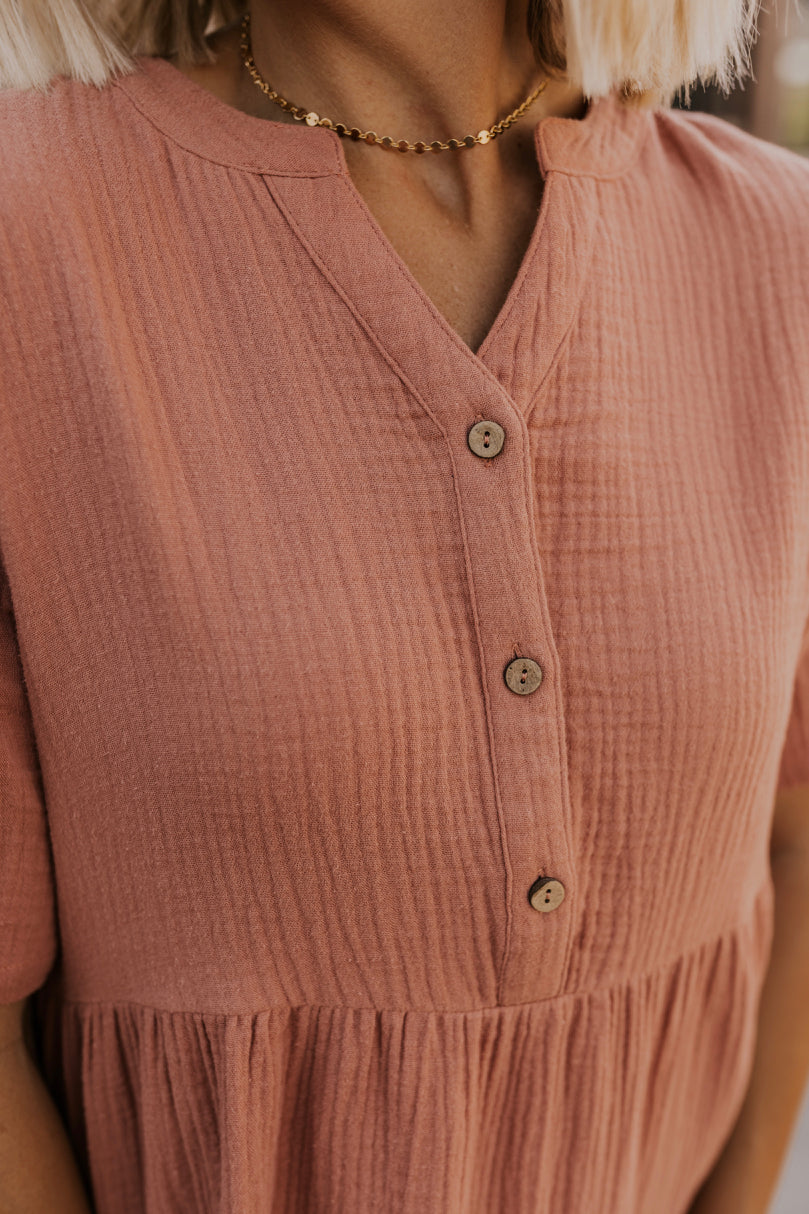 Salmon Colored Top | ROOLEE