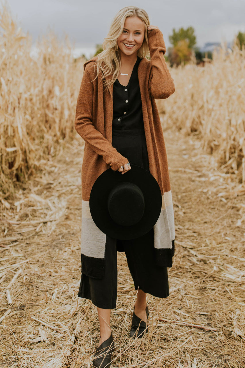 Colorblock Cardigan Outfit | ROOLEE