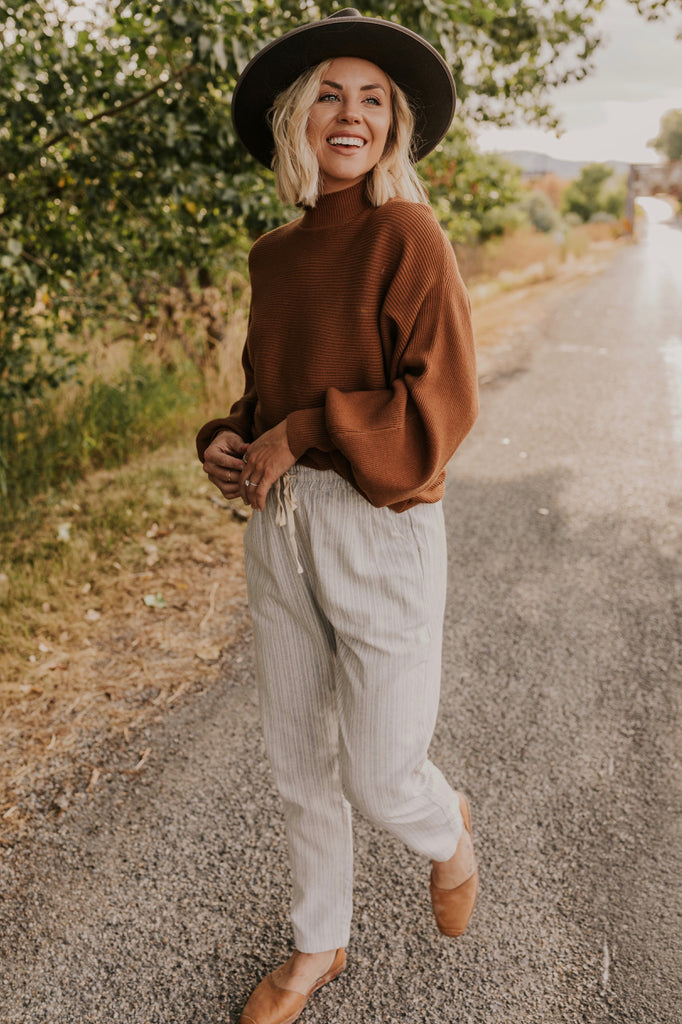 Oversized Camel Sweater | ROOLEE