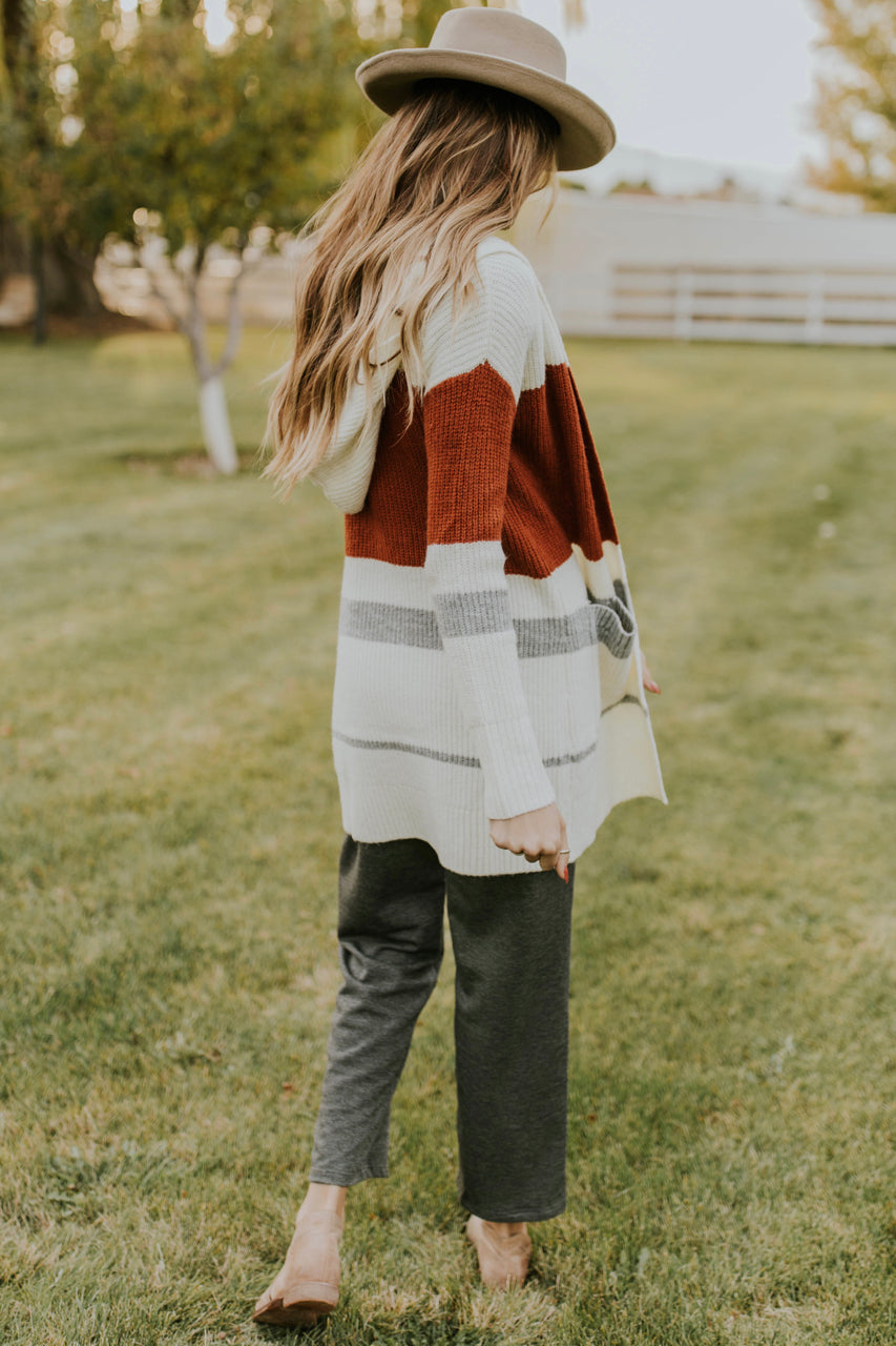 Fall Sweater Outfit Ideas for Women | ROOLEE