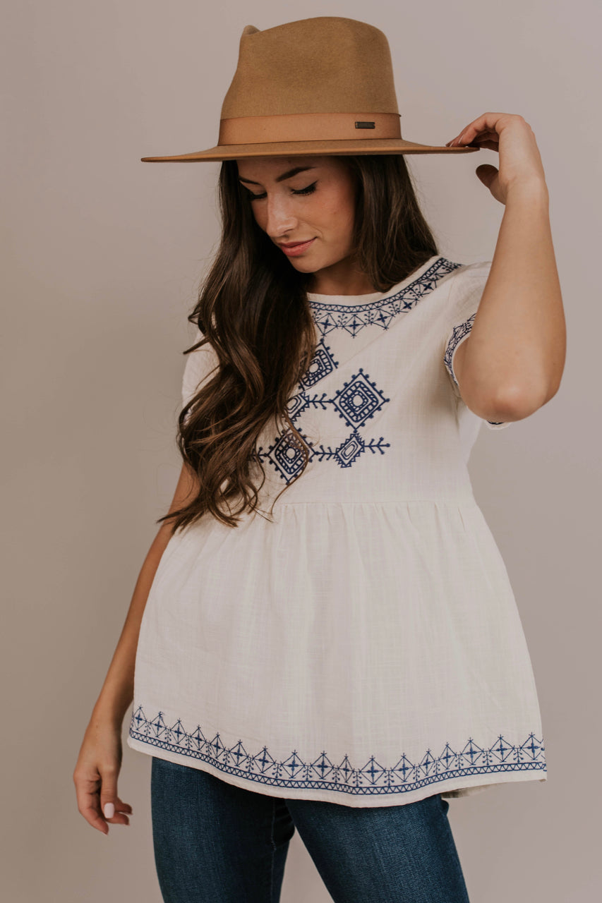 Embroidered Summer Top Outfit | ROOLEE