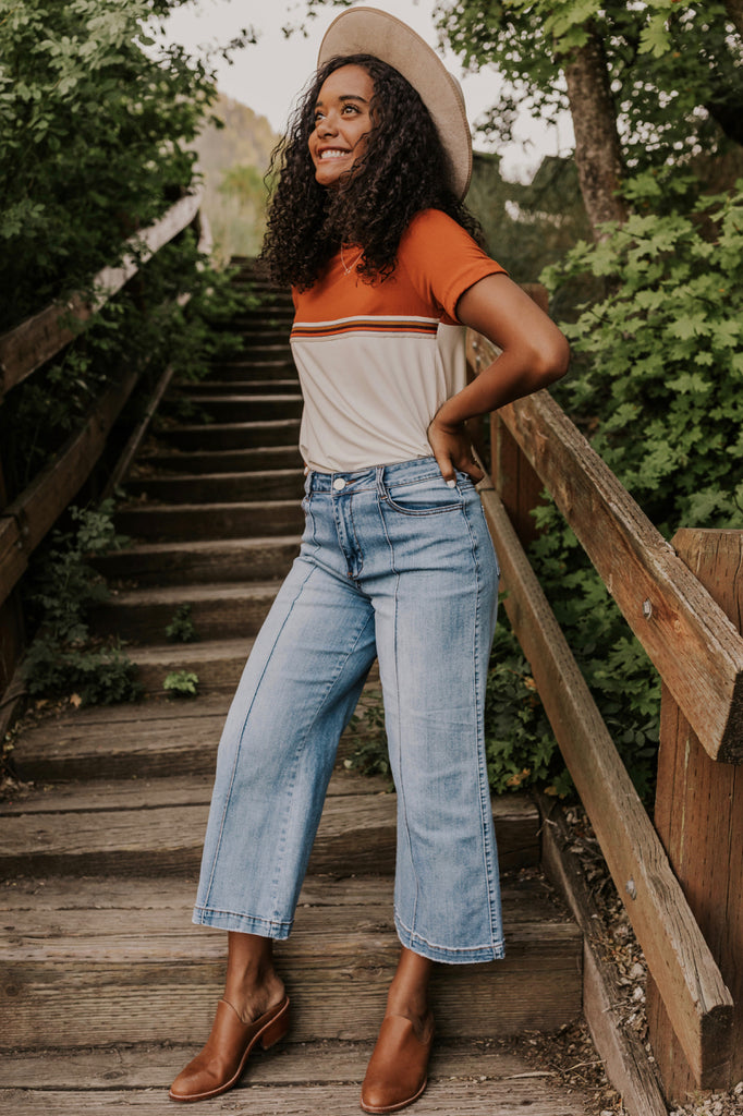 Retro Outfit Ideas for Women | ROOLEE