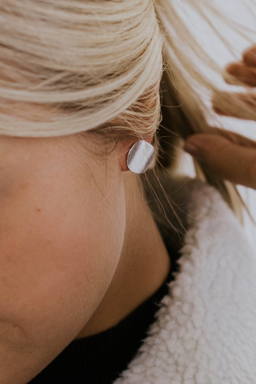 Brushed Disc Earrings | ROOLEE