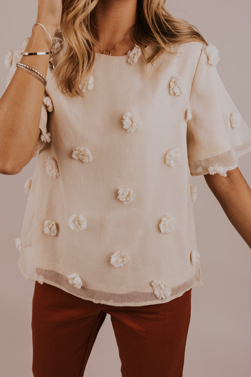 Crinkle Cream Short Sleeve Blouse | ROOLEE