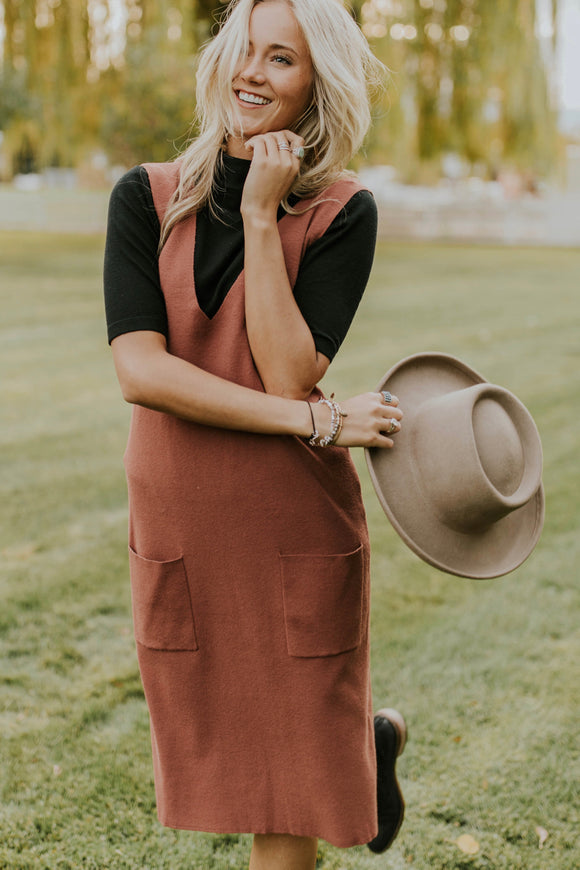 Simple Knit Jumper Dress For Fall | ROOLEE