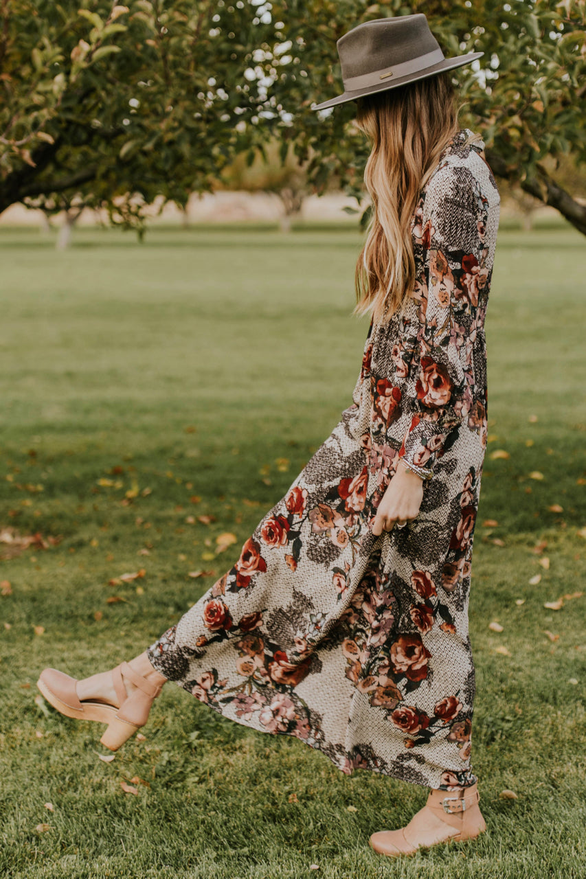 Floral Maxi Dress Outfit for Fall | ROOLEE