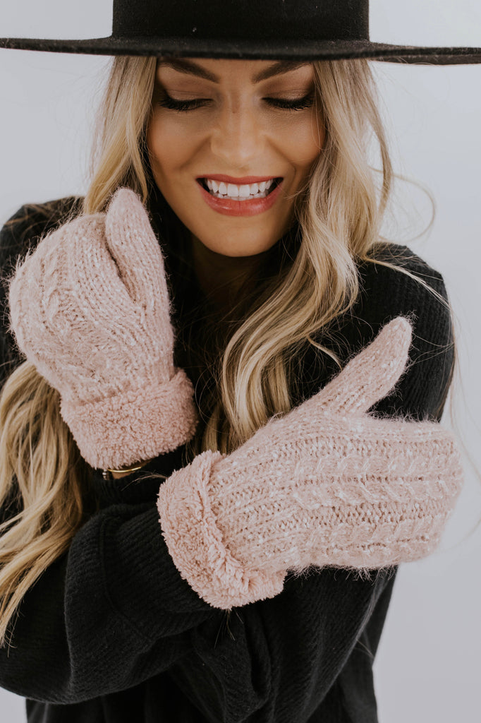 Cute Fall Mitten Ideas | ROOLEE Accessories