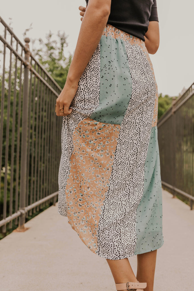 Cute Patterned Midi Skirt | ROOLEE