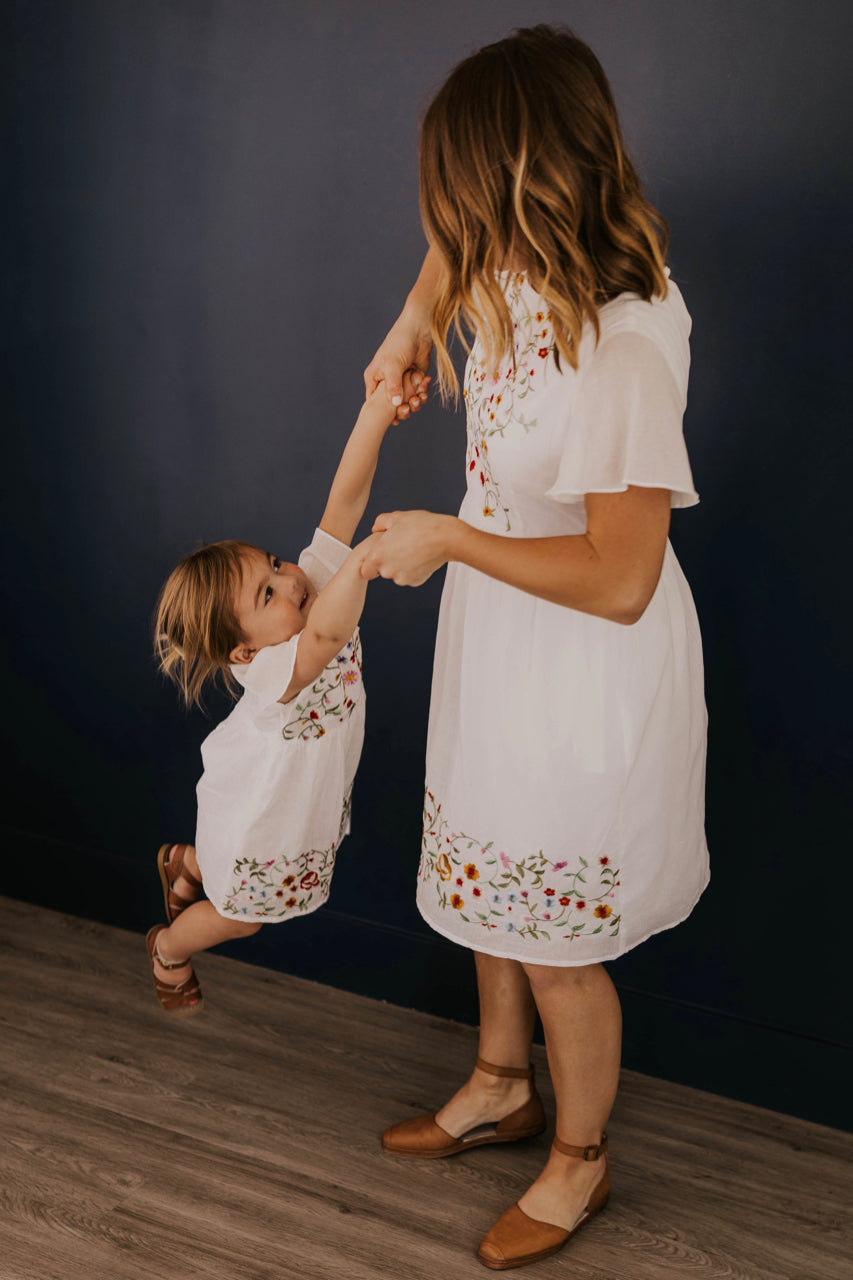 Cute Mommy and Me Dresses | ROOLEE