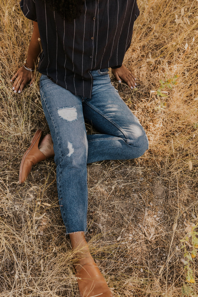 Slightly Distressed Jeans | ROOLEE